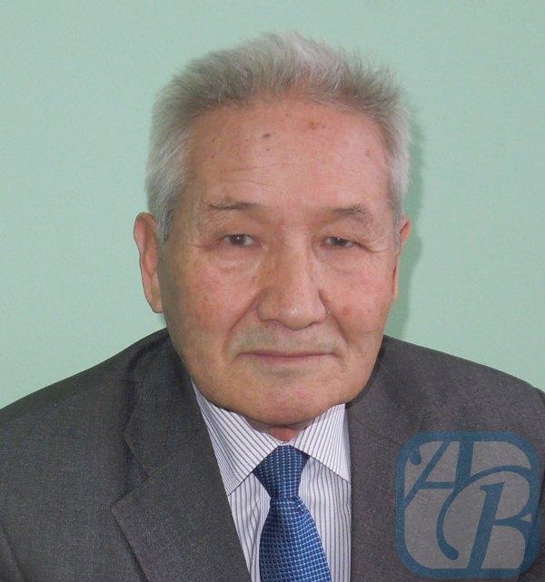 Бактыбай УТЕМИСОВ, профессор Казахско-Русского Международного университета, кандидат исторических наук