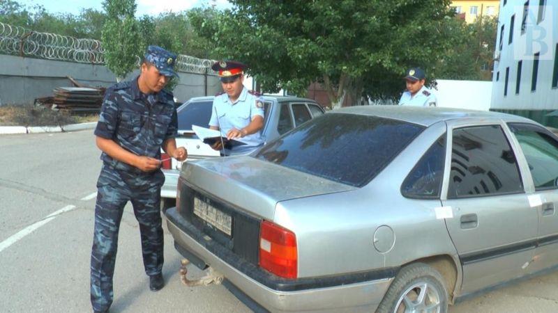Сотрудники патрульной полиции догнали создавший аварийную ситуацию «Опель». Оказалось, что машина числилась в угоне, а за водителем тянется еще ряд преступлений.