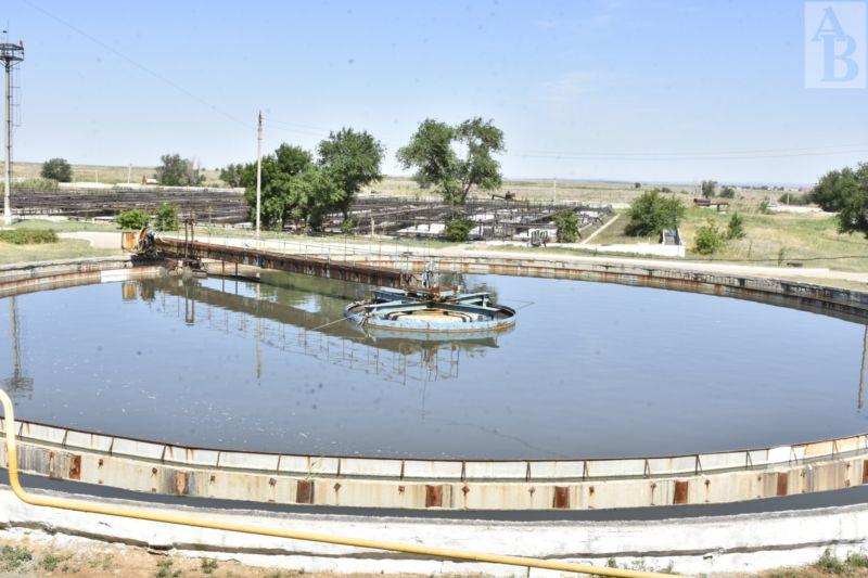 Депутаты Мажилиса Парламента страны, прибывшие в Актобе с рабочей поездкой, посетили станцию очистки сточных вод и полигон утилизации бытовых отходов «Акбулак».