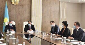 Защита прав Меморандум о взаимном сотрудничестве подписан между акиматом области и Федерацией профсоюзов