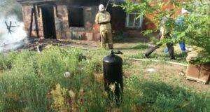 Пожарные спасли человека